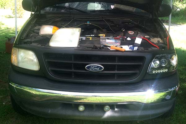spyder-headlights-ford-f150-installed