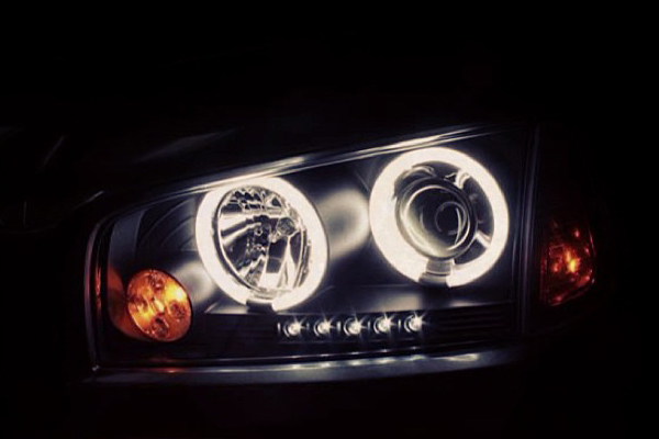 spyder headlights dodge charger illuminated