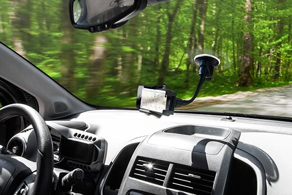 bracketron tekgrip windshield mount in car