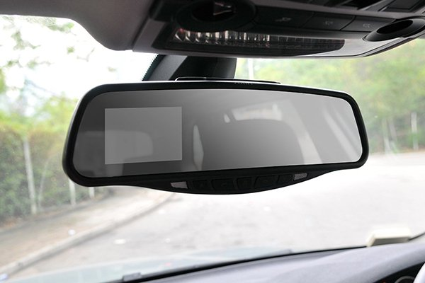 yada rearview mirror monitor installed