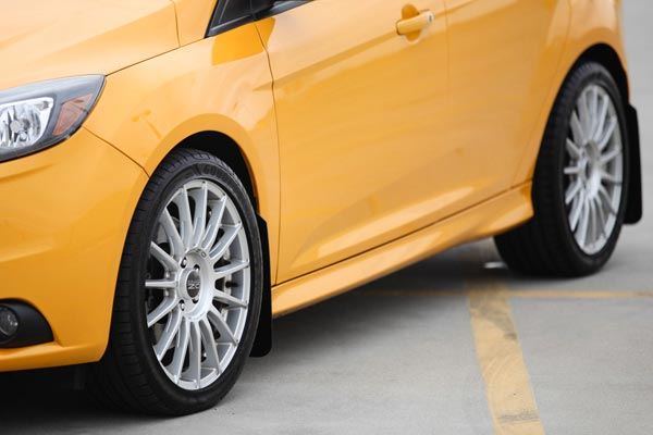 rally armor ur mud flaps focus st front