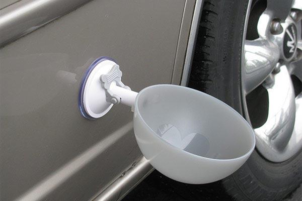 portablepet attachabowl kit on car