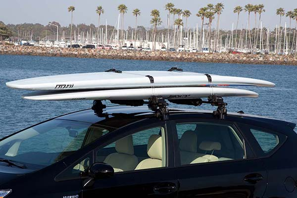 inno-locking-kayak-canoe-sup-and-surf-rack-lifestyle1