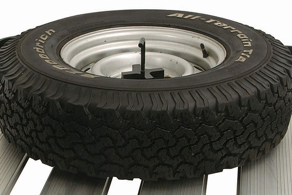 rhino rack spare tire holder rel2