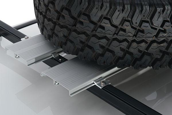 rhino rack platform spare tire carrier detail