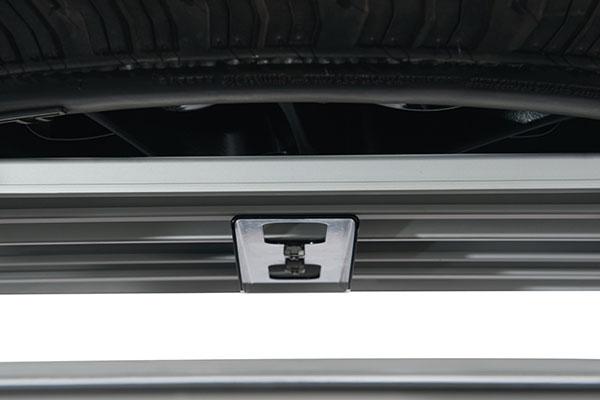 rhino rack platform spare tire carrier detail 2