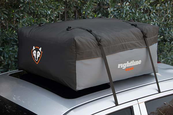 rightline-gear-sport-jr-car-top-carrier-installed2