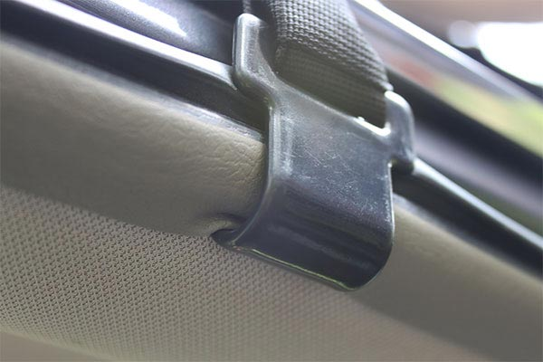 rightline gear car clips close up