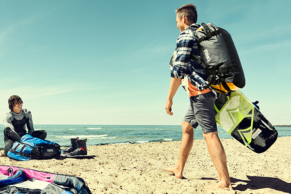 thule chasm duffle bag beach lifestyle