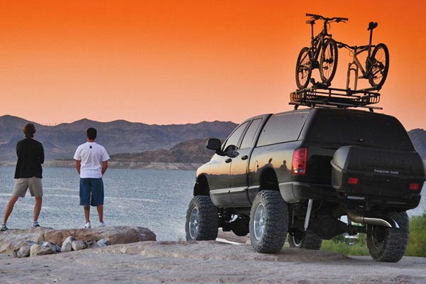 thule transporter related bro in desert 664