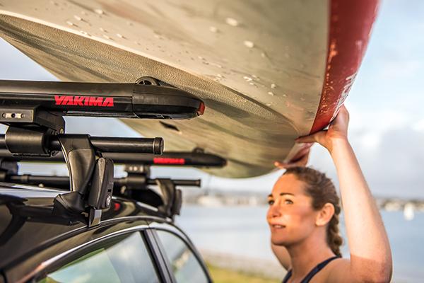 yakima supdawg paddleboard rack rolling board onto rack