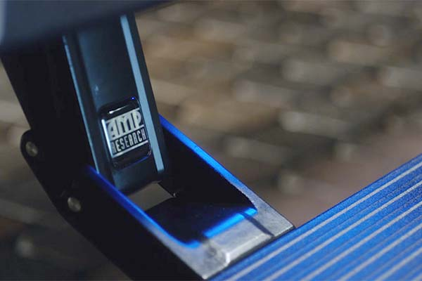 amp research powerstep extreme running boards detail2