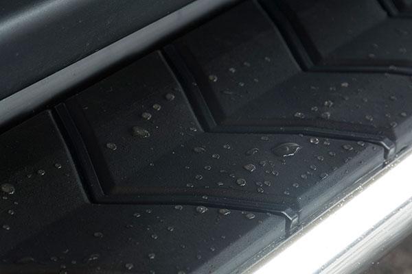 aries aerotread running boards detail