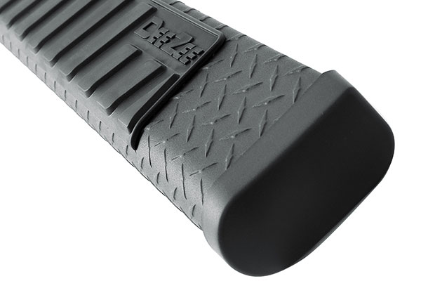 dee zee 6 black tread side steps pad detail