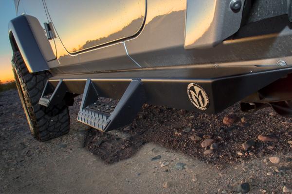 ici magnum rt step bars step pad jeep detail lifestyle