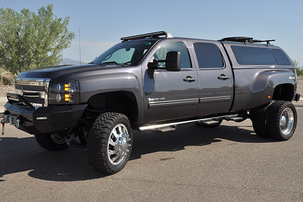 iron cross hd series step bars on chevy