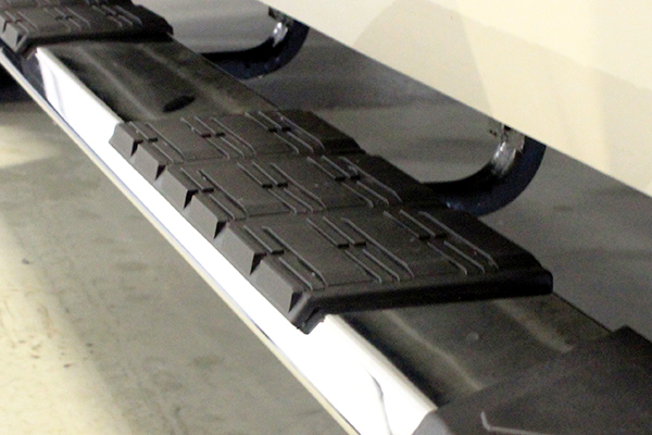 iron cross patriot running boards step detail