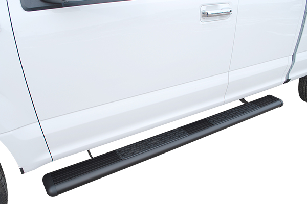 luverne o megastep 6 oval nerf bars black close up