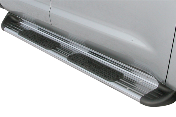 luverne side entry step running boards close up