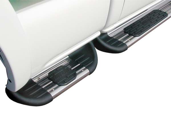 luverne side entry step running boards ses and ext closeup