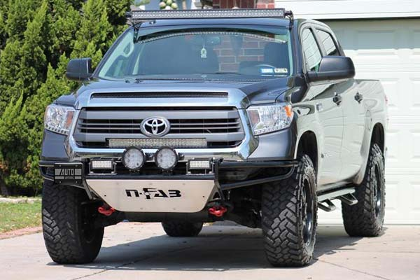 black nfab nerf steps shown on toyota tundra