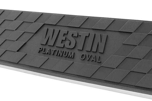 westin-4in-platinum-oval-nerf-bars-tread-detail