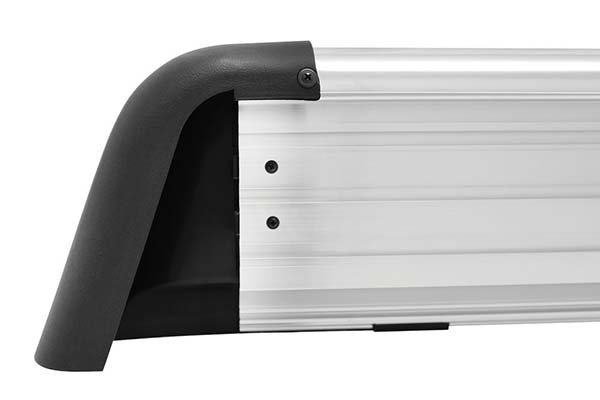 westin-sure-grip-aluminum-running-boards-detail-edge4
