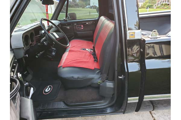 """Customer Submitted Image - CalTrend """"I Can't Believe It's Not Leather"""" Seat Covers"""