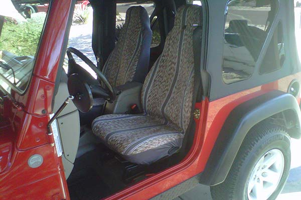 Customer Submitted Image - Saddleman Saddle Blanket Seat Cover for 2003 to 2006 Jeep Wrangler