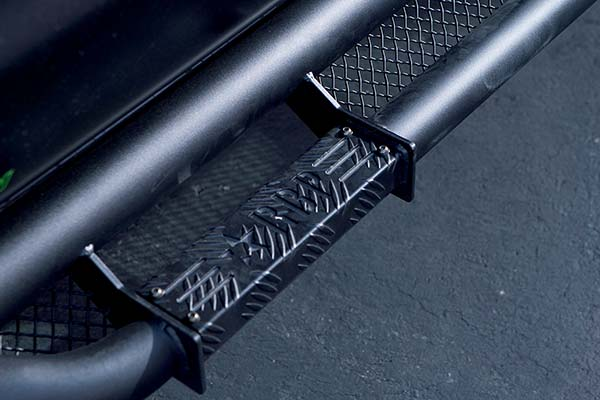 rbp rx3 nerf bar step close up in black