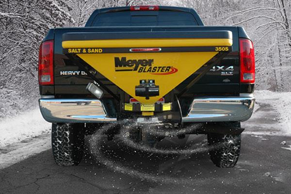 meyer blaster tailgate salt spreader 350s in use
