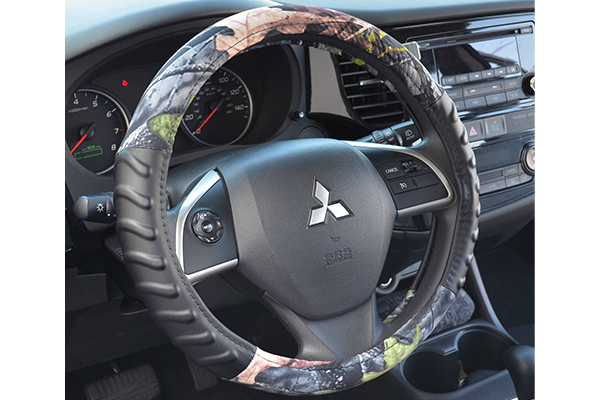 timber camo steering wheel cover installed