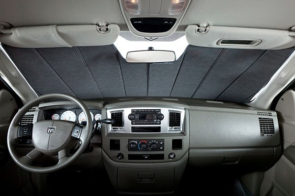 covercraft-car-sun-shade-dodge-ram-interior