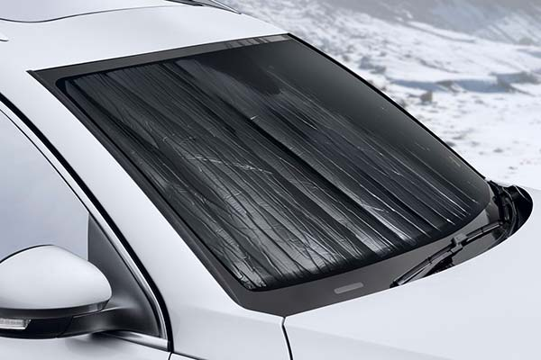 weathertech-techshade-windshield-sun-shade-dark-side