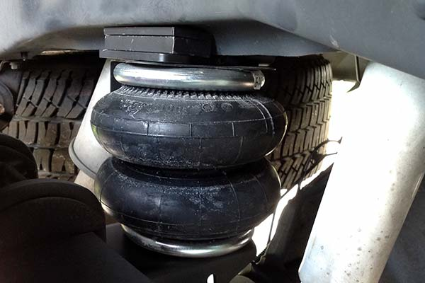 Firestone Air Bags - Air Suspension Kits For Towing