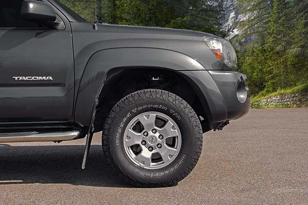 rough country leveling kits lifestyle 2