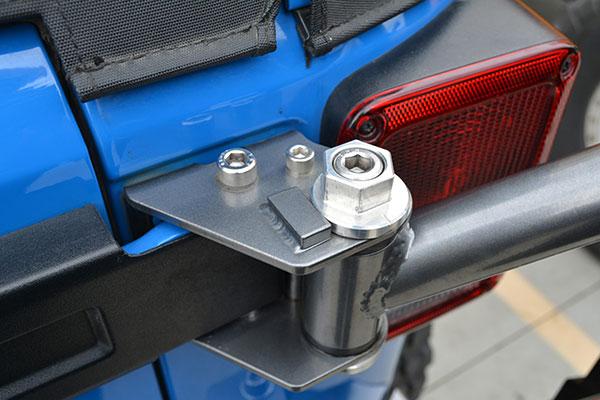 poison spyder body mounted tire carrier pass braket