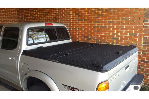 Customer Submitted Image - DiamondBack SE Truck Bed Cover
