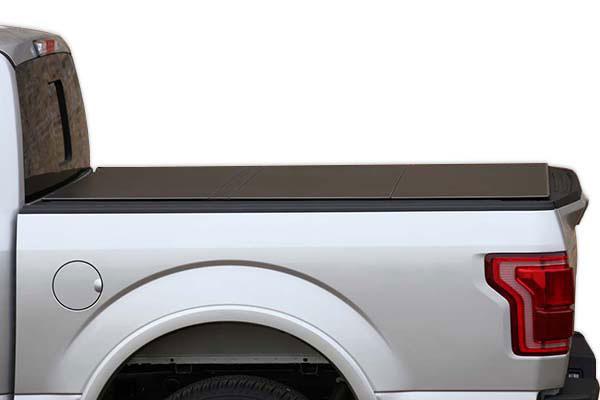 access lomax tri fold tonneau cover detail