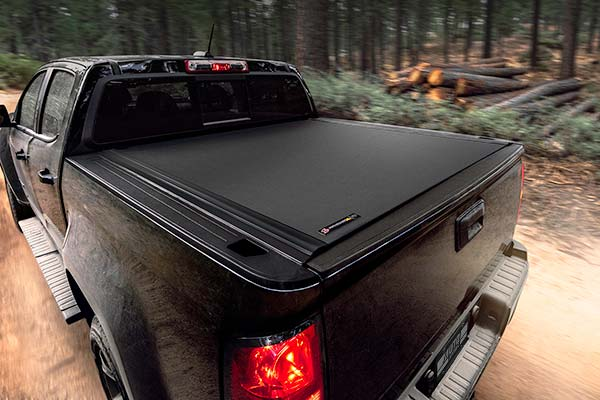 bak x4 angled view of closed tonneau cover