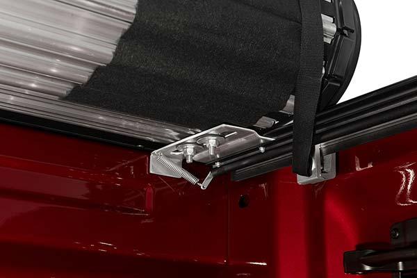 bak x4 automatic slam latch mechanism