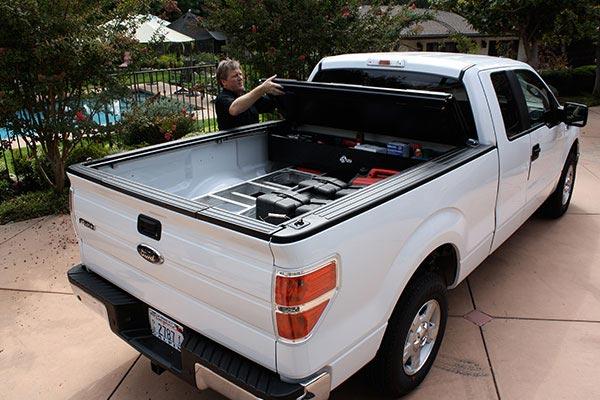 bakflip F1 bakbox tonneau toolbox easy access