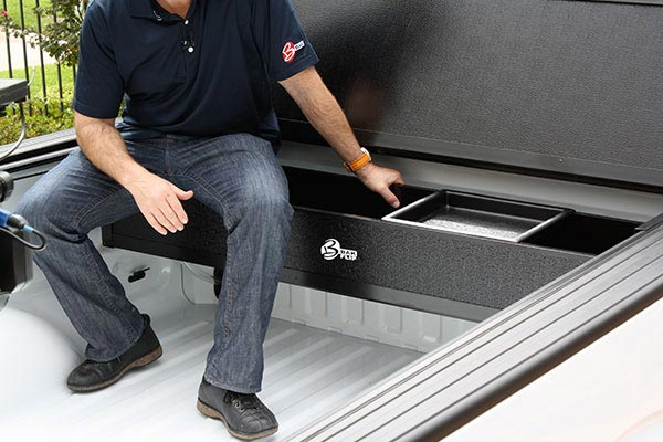 bakflip F1 bakbox tonneau toolbox support