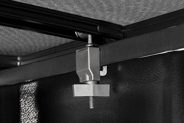 extang trifecta 2 0 folding tonneau cover detail clamp