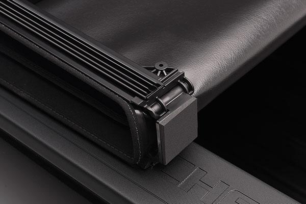 extang trifecta 2 0 folding tonneau cover detail fold