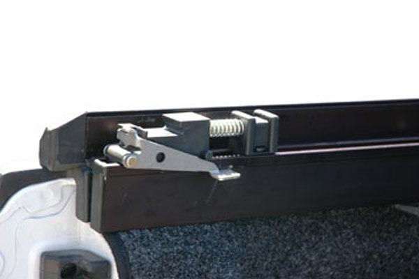 extang express roll up toolbox tonneau cover latch