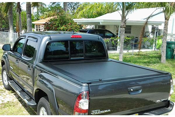 Customer Submitted Image - Pace Edwards JackRabbit Tonneau Cover for 2005 to 2015 Toyota Tacoma