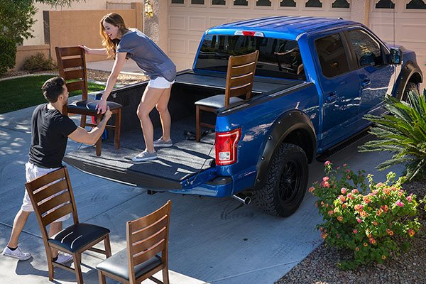 pace-edwards-full-metal-jackrabbit-tonneau-cover-moving-lifestyle