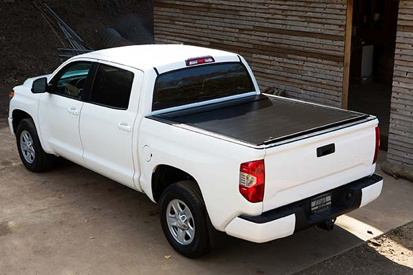 pace edwards jackrabbit tonneau cover installed closed
