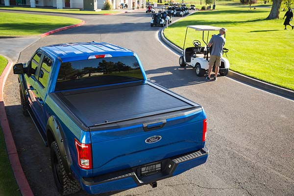 pace edwards jackrabbit tonneau cover lifestyle4